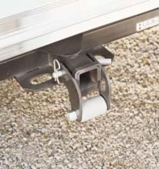 Rollaway Hitch Protector