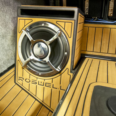 Roswell G-Series Subwoofer Enclosure