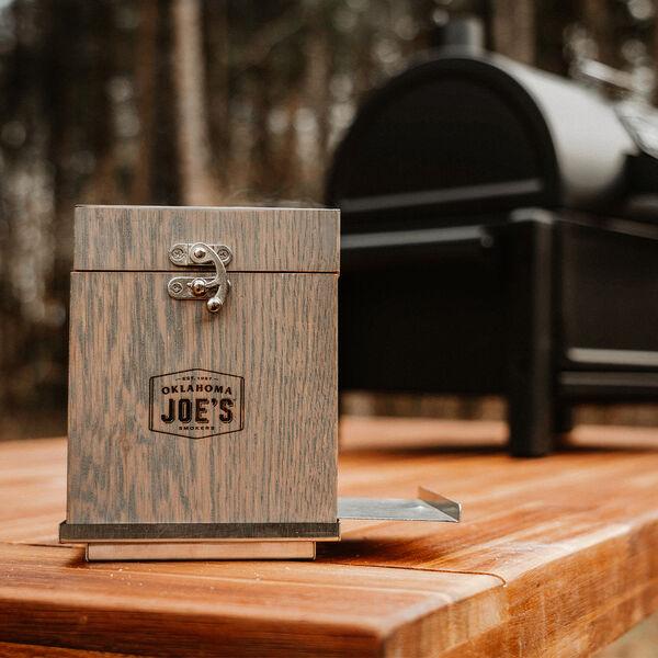 Oklahoma Joe's Cocktail Smoking Box