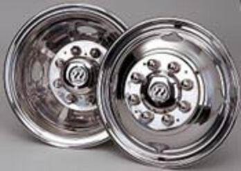 "Wheel Masters Wheeliners for Dual Wheels - 19.5"" GM/Chevy P-30 Tag Axle Kit"