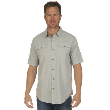 Ultimate Terrain Men's Essential Camp Chambray Short-Sleeve Shirt